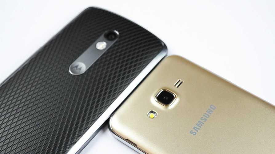 Samsung Galaxy J7 2016 vs Moto X Play