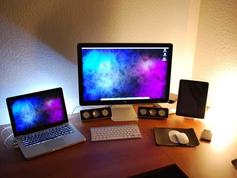 Apple MacBook Air, Pro and iMac