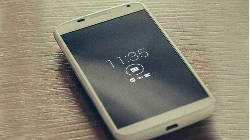 Moto X, Galaxy S7 and S7 Edge Always On Display