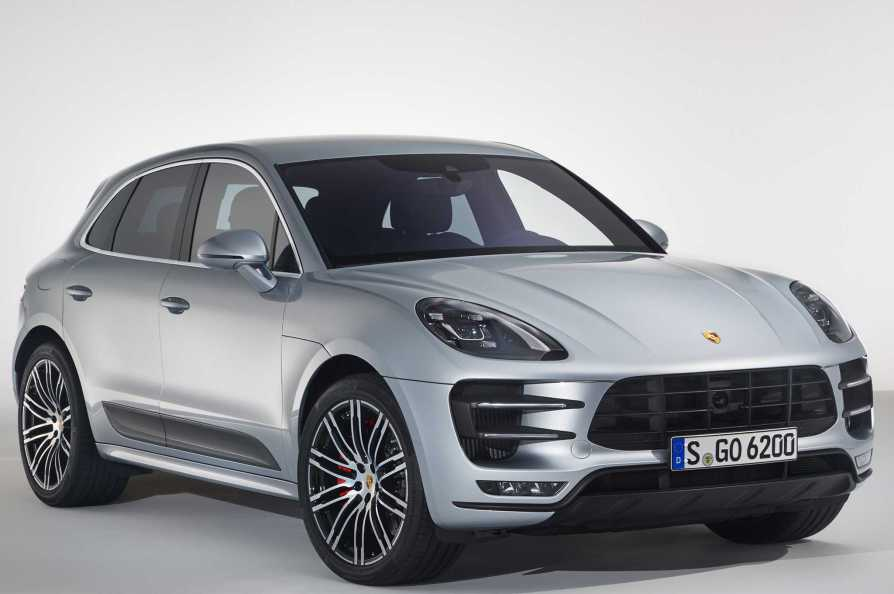 2017 Porsche Macan Turbo Performance Package Front