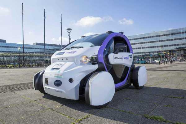 Lutz Pathfinder Pod Autonomous Self-Driving car
