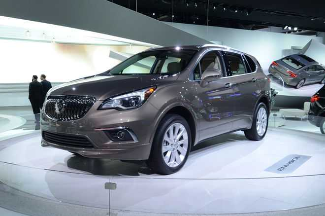 2017 Buick Envision First Review