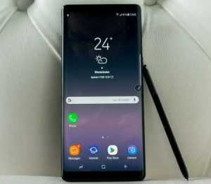 Samsung Galaxy Note 8 and Google Pixel 2 XL