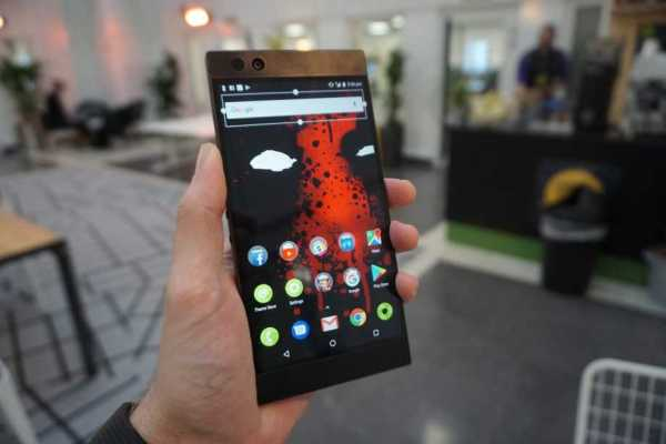 Razer Phone Got Improved Battery and Music Quality by Removing Headphone Jack