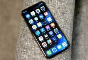 iPhone X OLED Display