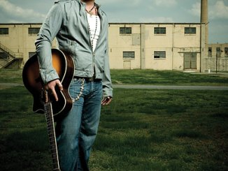 """Lee Brice's new video, """"A Woman Like You"""" sparks big interest with fans."""