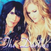 Jude Toy and Erinn Bates courtesy of the Darlins