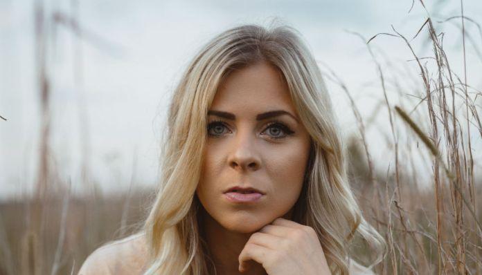 Taylor Acorn music video