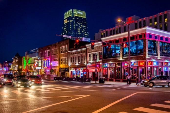 Busking Nashville