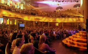 """NASHVILLE, TN - MAY 16: ***EXCLUSIVE COVERAGE*** Atmosphere during the """"Music City Keep on Playin'"""" benefit concert at the Ryman Auditorium on May 16, 2010 in Nashville, Tennessee. (Photo by Rick Diamond/Getty Images)"""