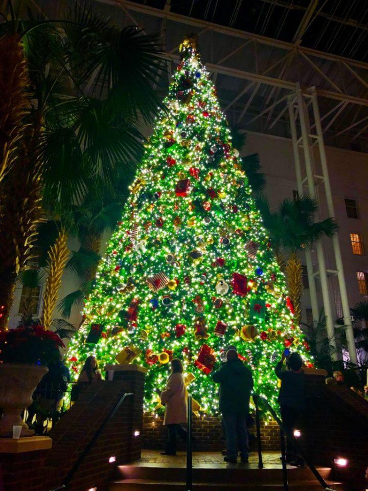 St. Josaphats In Bayside Christmas Fair 2020 Gaylord Opryland Christmas 2020 – Christmas Ornament