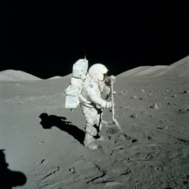 Astronot Nasıl Olunur ?