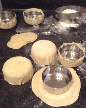 Puri bowls for Bhel