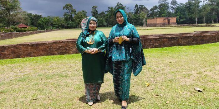 Foto saat kunjungan ke Candi Muaro Jambi