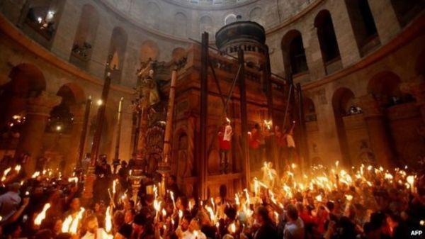 biserica sfantului mormant pasti (1)