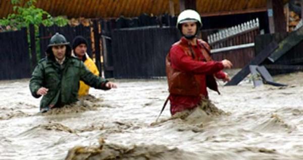 inundatii-galati-2016