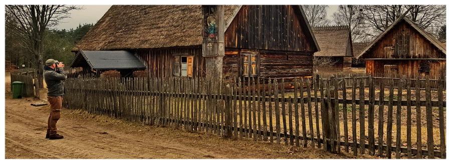 Wdzydze-Kiszewskie-kaszuby-skansen-atrakcje-chaty-chłopskie-sprzęt-muzeum-młyn-kościół-drewniane-budynki