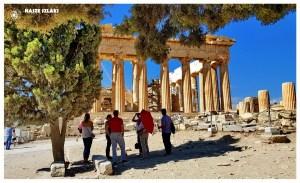 Grecja-Ateny-zwiedzanie-atrakcje-partenon-mity-co-zobaczyć-opinie-akropol-turyści-świątynie