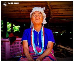 Chiang Mai park narodowy tajlandia Doi Inthanon atrakcja turystyczna, kobieta z wioski,