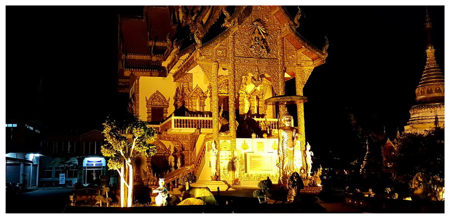 Azja-Tajlandia-Chiang-Mai-atrakcje-przewodnik-co-zobaczyć-blog-podróżniczy-prowincja-noc-oświetlenie