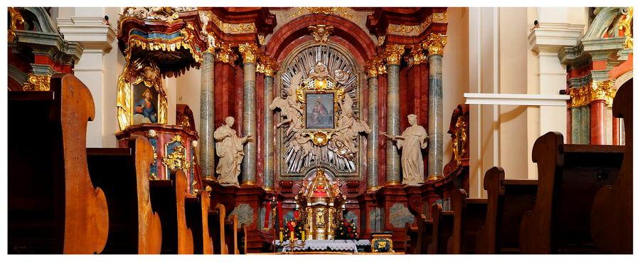 Chojnice - kościół gimnazjalny w centrum miasta. | Blog podróżniczy Nasze Szlaki