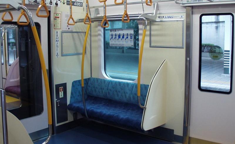 Pociąg w Japonii miejsca uprzywilejowane