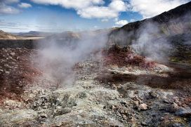 Steaming lava formations near Brennisteinsalda. Photo: Christopher Michel [CC BY 2.0 (http://creativecommons.org/licenses/by/2.0)], via Wikimedia Commons