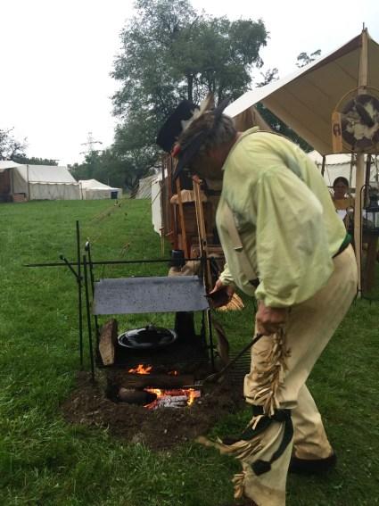 Traders, Johnny Appleseed Festival, Mama ía