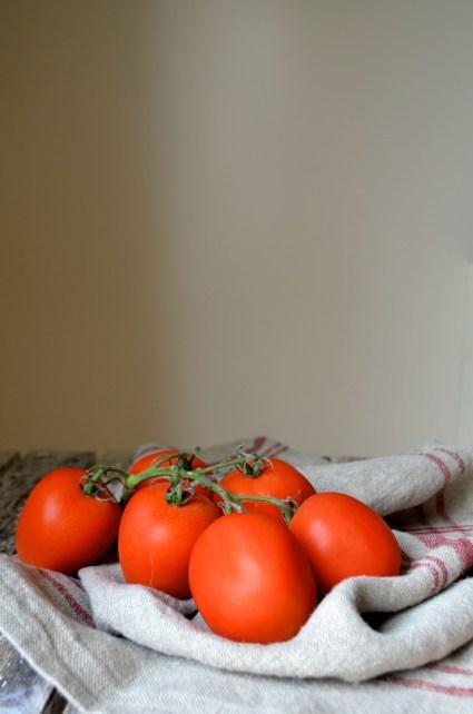 Tomatoes, Mama ía