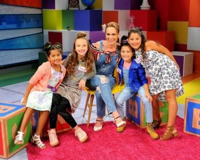 Natalia Denegri y Niños de Corazones Guerreros