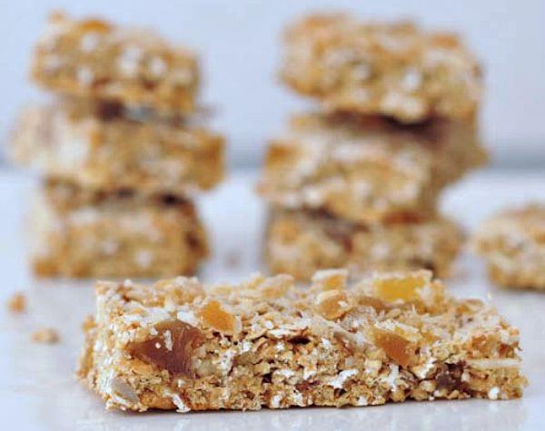 Ginger-Vanilla-Protein-Crunch-Bars-@