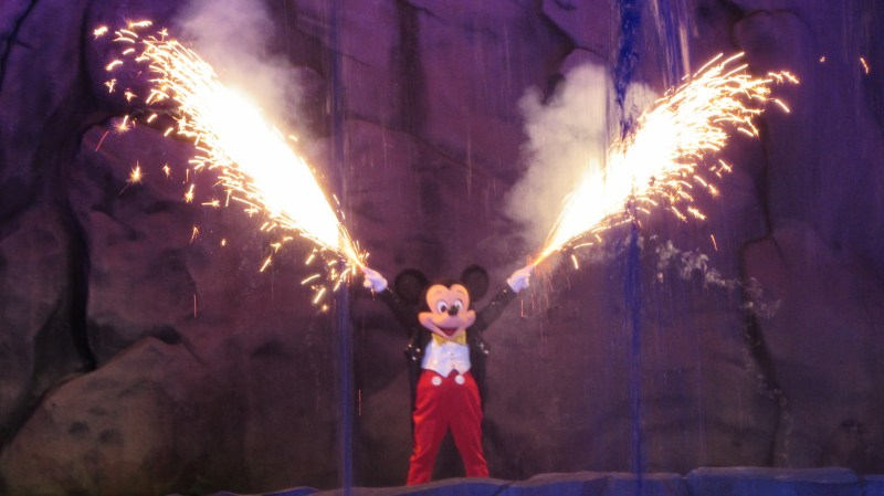 Fantasmic - Hollywood Studios