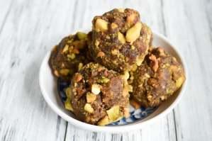 Paleo Chocolate Pistachio Date Rolls - Vegetarian, Vegan, and Gluten Free Snack Recipe