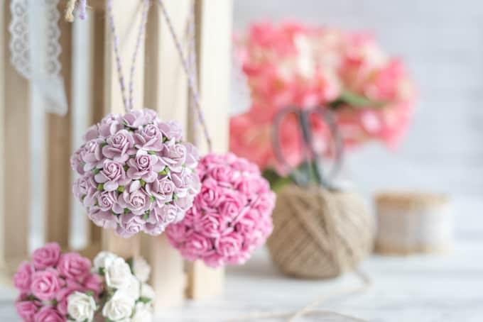 paper flower pomanders for DIY wedding