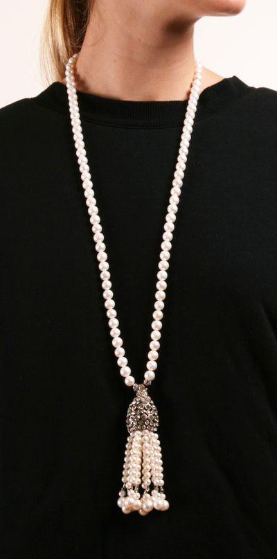 I 7 bijoux che ogni donna dovrebbe avere perle