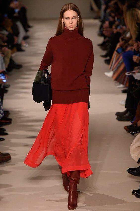 vestirsi di rosso Victoria Beckham