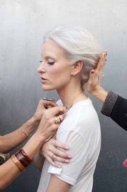 Как замаскировать седые волосы, советы Наташи Стефаненко