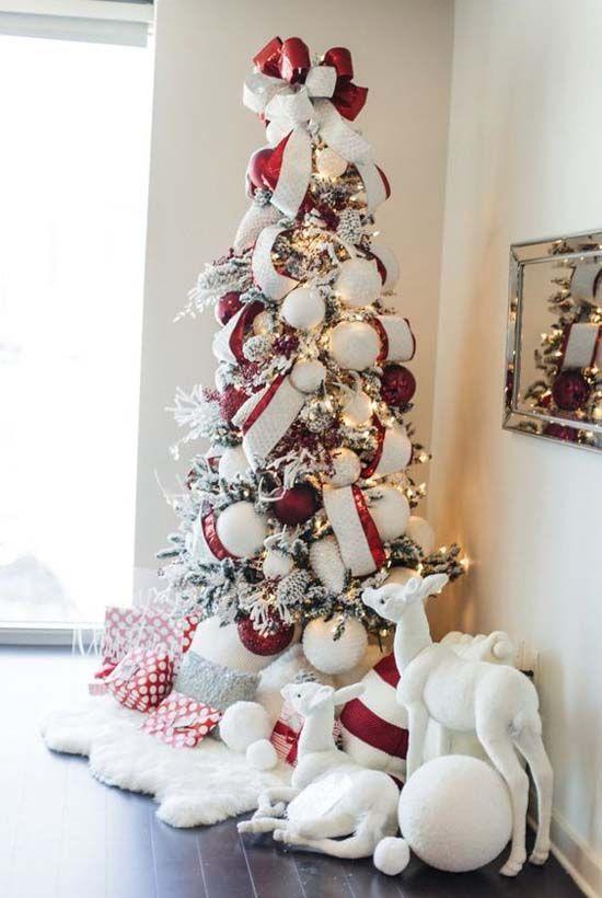Необычная елка своими руками, красно-белая