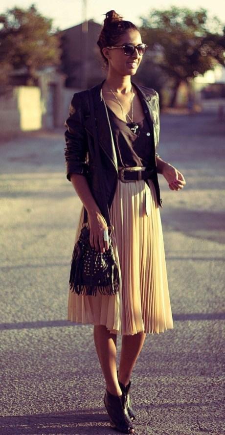 Chiodo in pelle: 5 modi per indossarlo la sera gonna pieghe