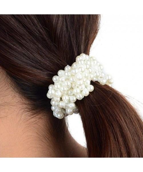 5 modi di indossare le perle sui capelli coda natashasway