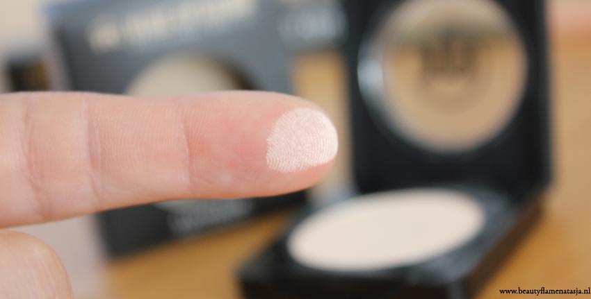 005mus-eyeshadow