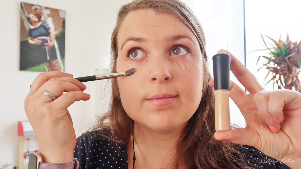 weekend make-up routine mac concealer