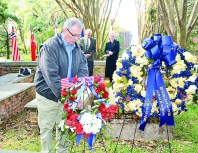 Tommy Joe Sibley presented the wreath from the Natchitoches Chapter of the SAR.