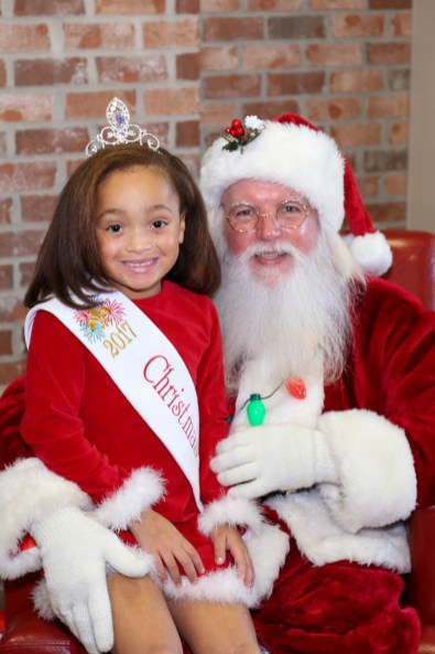 Angel Kaylee Jones with Santa