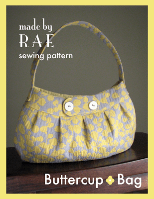 Sewing a bag is often seen as a very complex project. This is true to a certain extent; not all bags are complex. Some are simple. So motive you to sew a bag I found five free bags patterns. To see them just click, though.