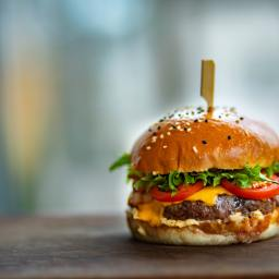 5 Unlikeliest of Places in Nairobi to Get the Best Burgers