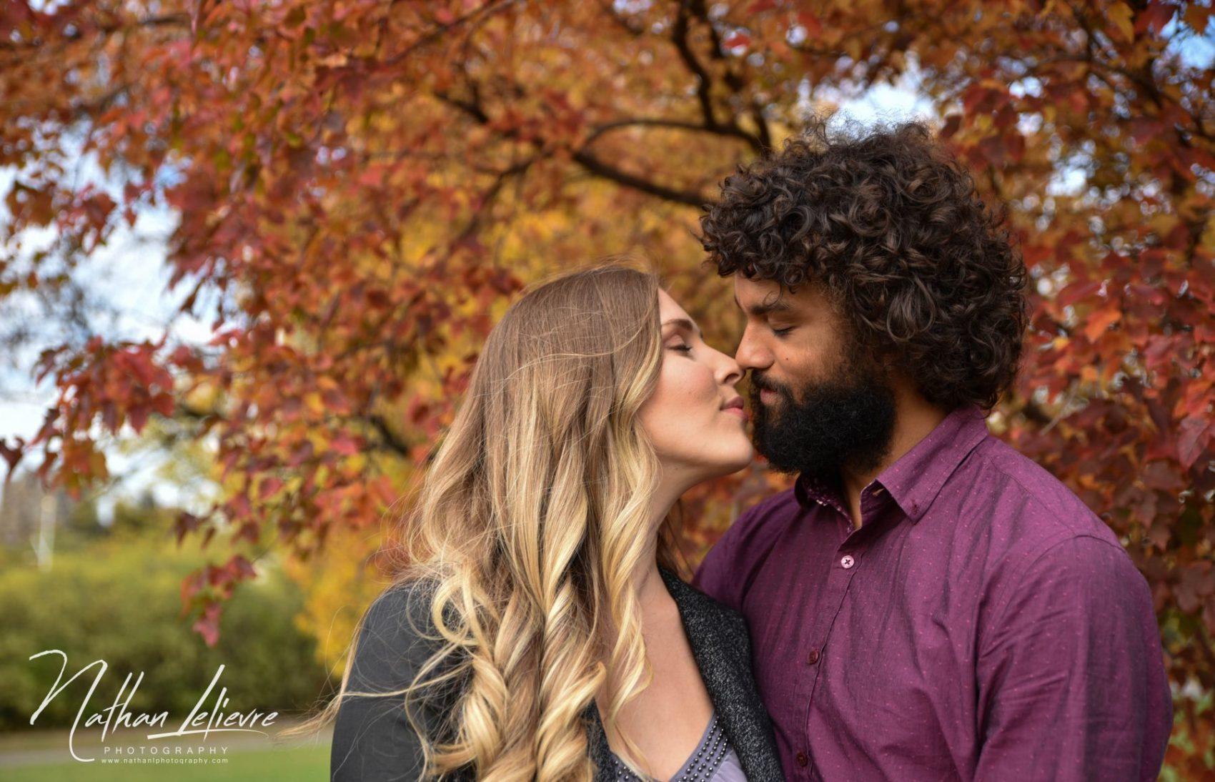 ottawa engagement shoot fall colours