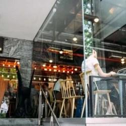 coffee shop with freelancer