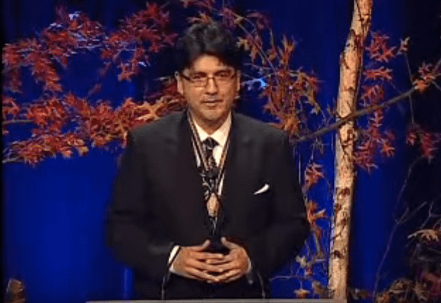 Sherman Alexie accepting 2007 National Book Award