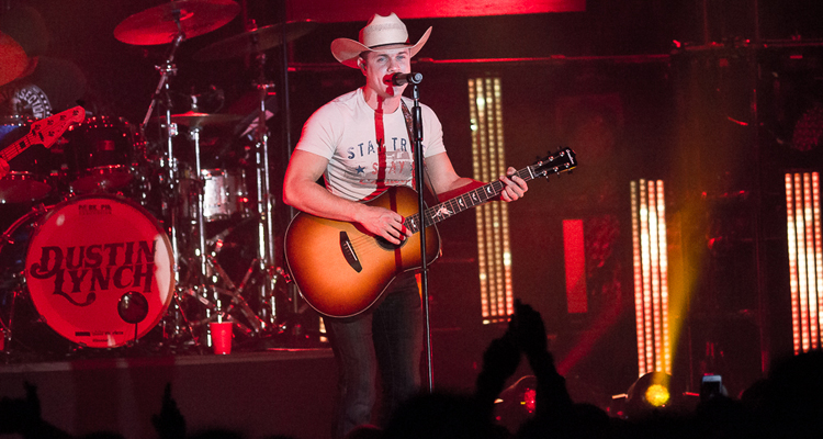 header-dustinlynch-theintersection-grandrapids_mi-20151218-johnreasoner